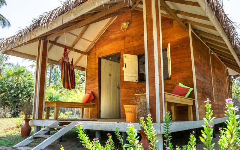 Kalpitia Accommodation Modern Wooden Cabana