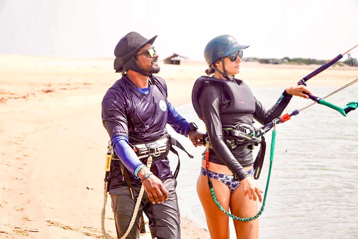 learn kitesurfing in kalpitiya sri lanka